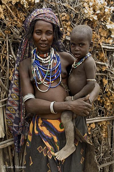 Las fascinantes tribus del valle de Omo en Etiopía