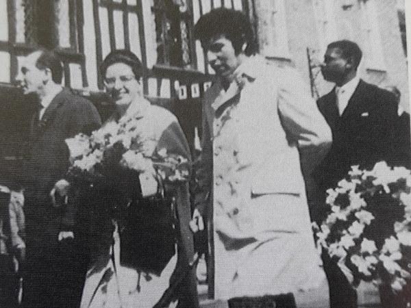 Víctor Jara, Director de teatro